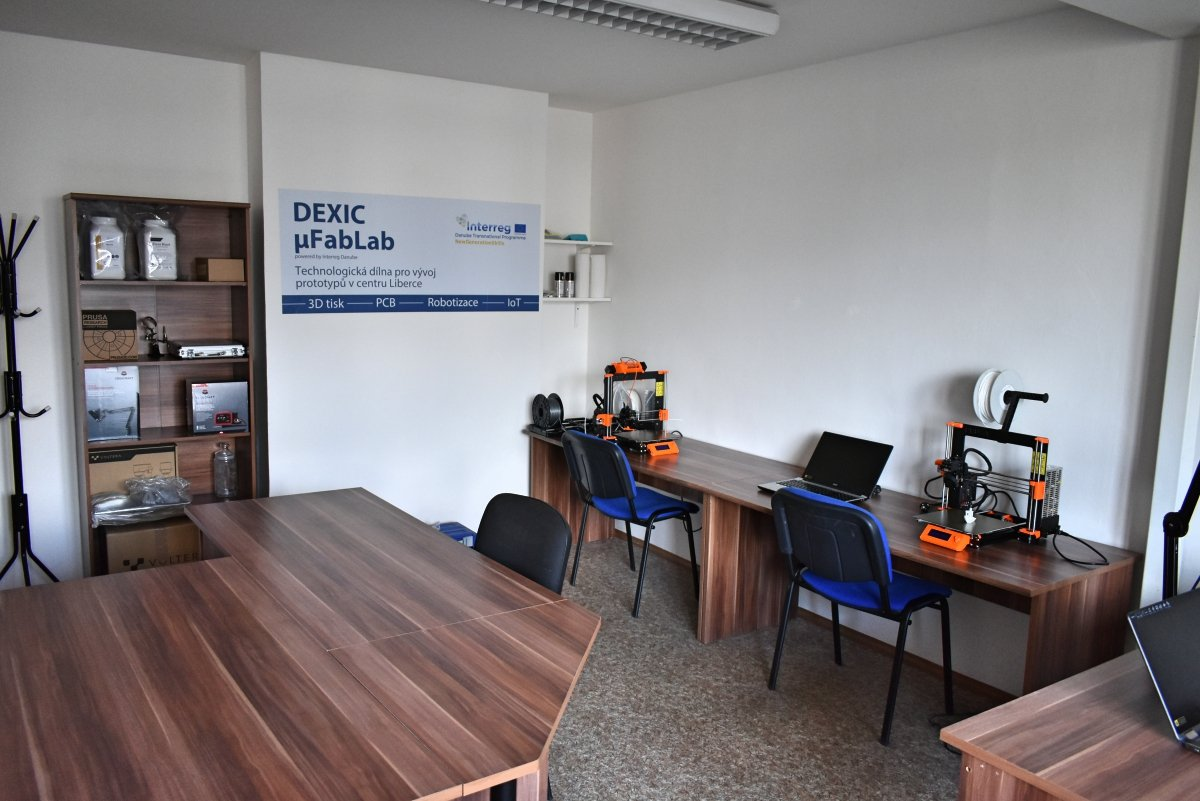 DEXIC μFablab moved to larger spaces!